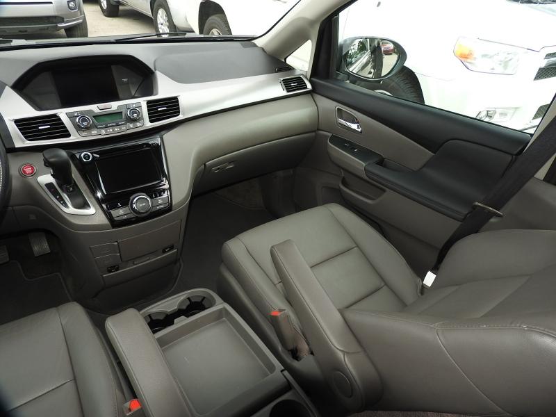 Honda Odyssey 2015 price $18,888