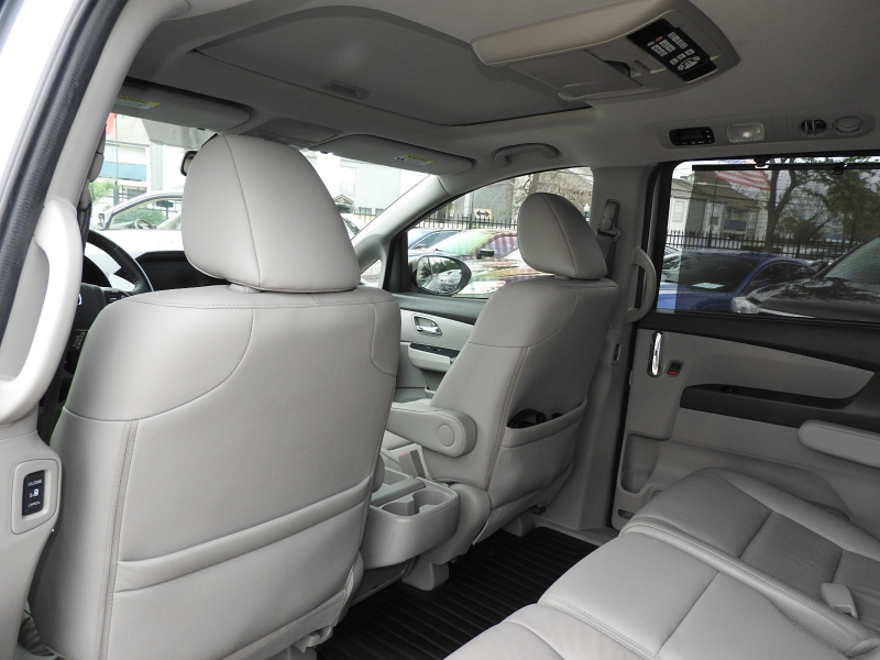 Honda Odyssey 2014 price $15,988