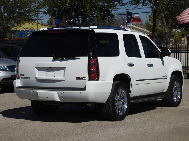 GMC Yukon 2010 price $16,988