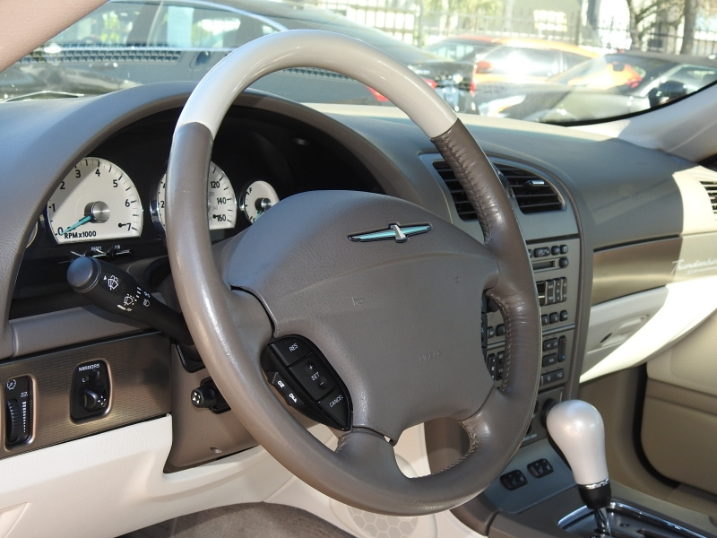 Ford Thunderbird 2005 price $15,488
