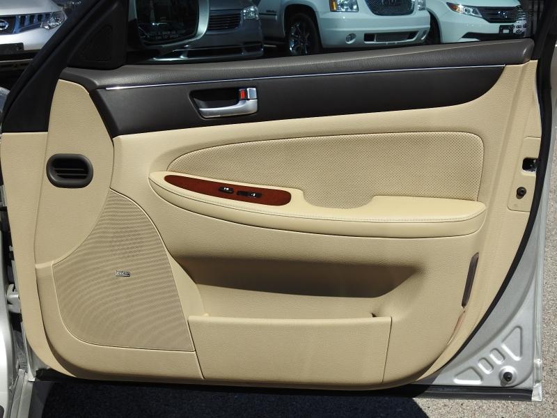 Hyundai Genesis 2012 price $10,988