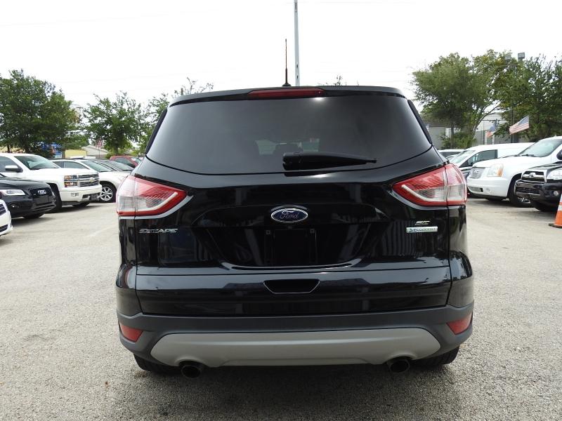 Ford Escape 2016 price $10,888