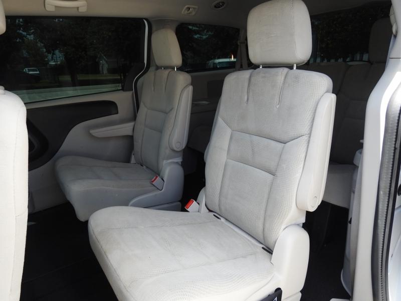 Dodge Grand Caravan 2016 price $10,888