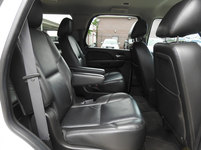 Chevrolet Tahoe 2011 price $22,988