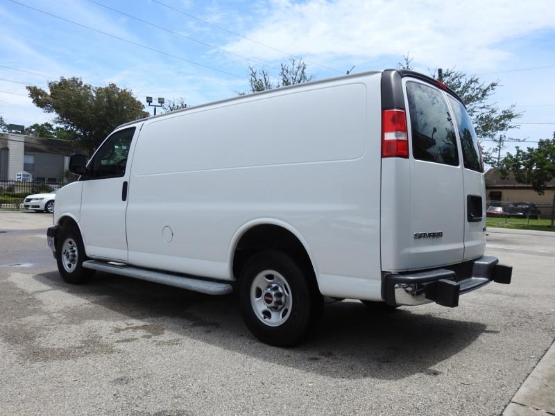 GMC Savana Cargo Van 2018 price $21,998