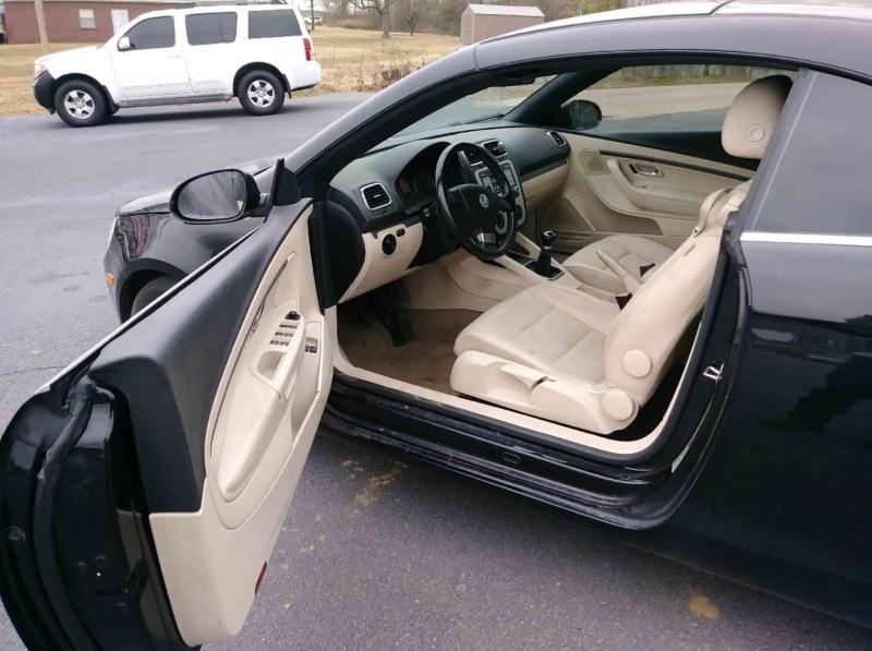 Volkswagen EOS 2008 price $3,900