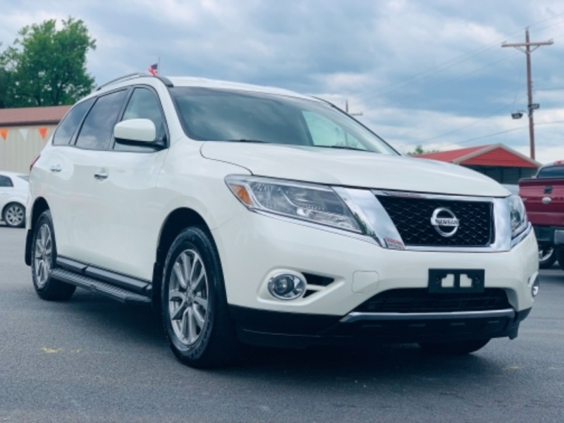 Nissan Pathfinder 2015 price $20,100