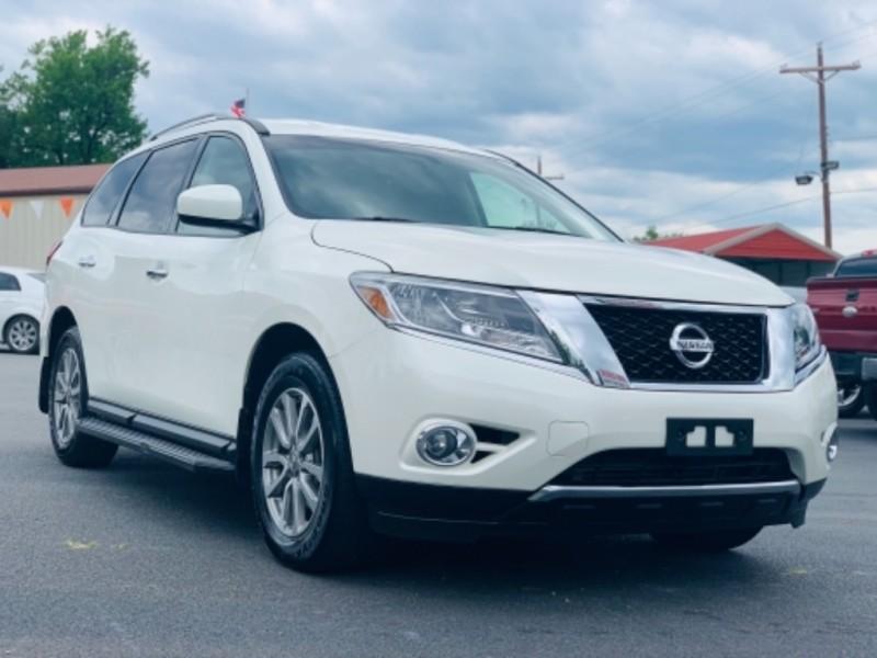 Nissan Pathfinder 2015 price $20,100
