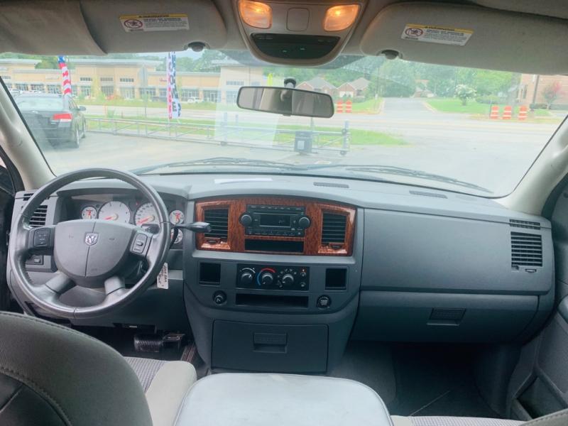Dodge Ram 2500 2006 price call 501-945-3433