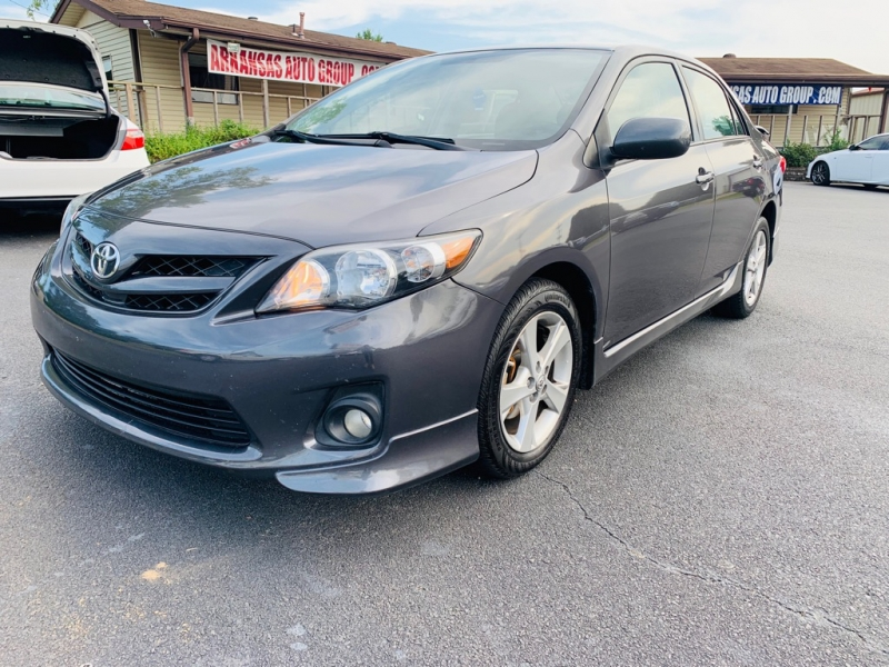 Toyota Corolla 2013 price $9,500
