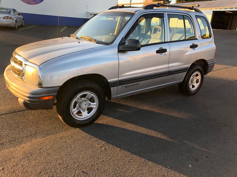 Chevrolet Tracker 2003 price $3,450