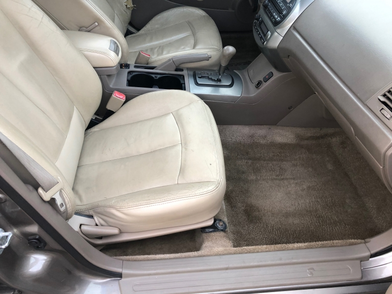 Nissan Altima 2003 price $2,950