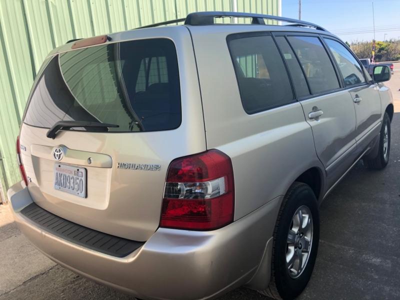 Toyota Highlander 2006 price $5,750