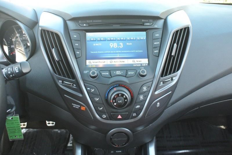 Hyundai Veloster 2015 price $12,950