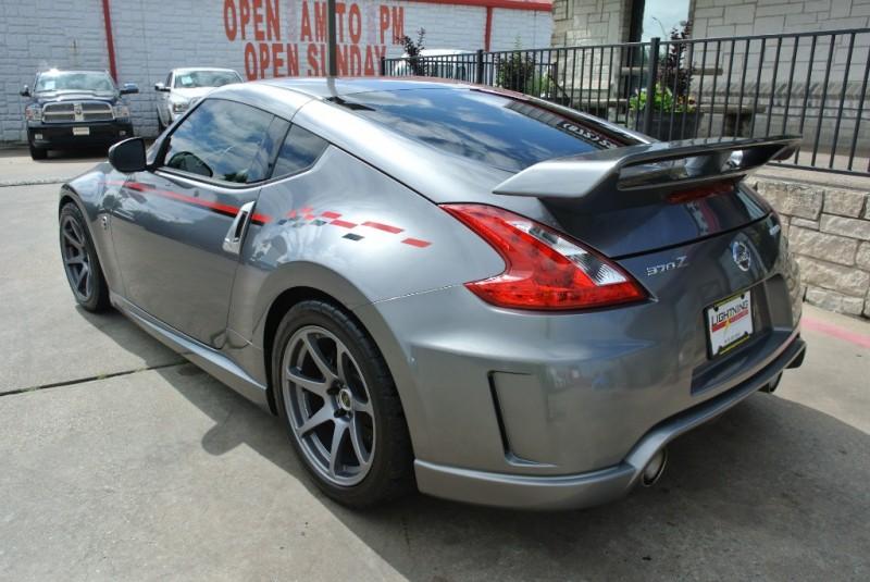 Nissan 370Z Nismo 2012 price $17,950