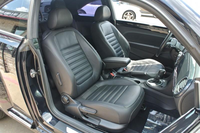 Volkswagen Beetle Coupe 2013 price $9,950