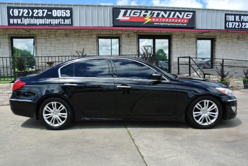 Hyundai Genesis 2013 price $12,950