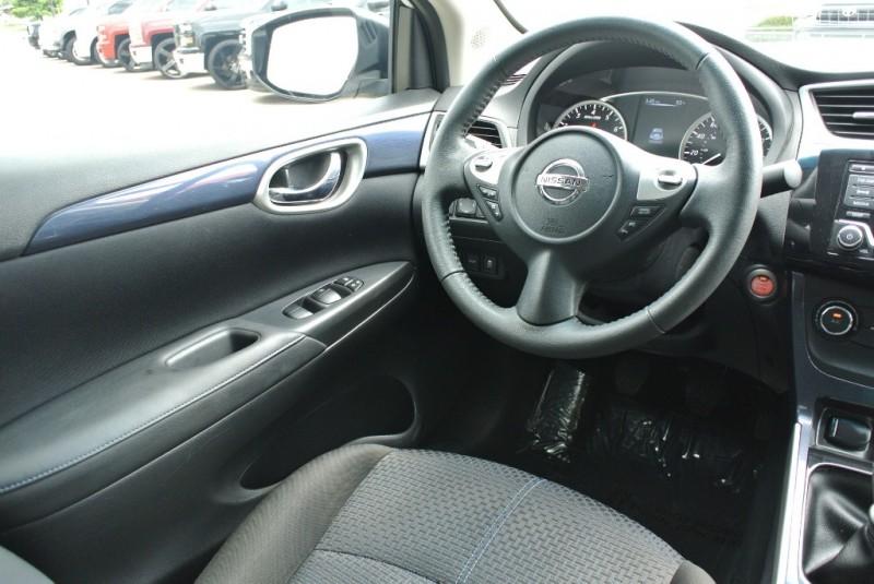 Nissan Sentra 2017 price $15,950