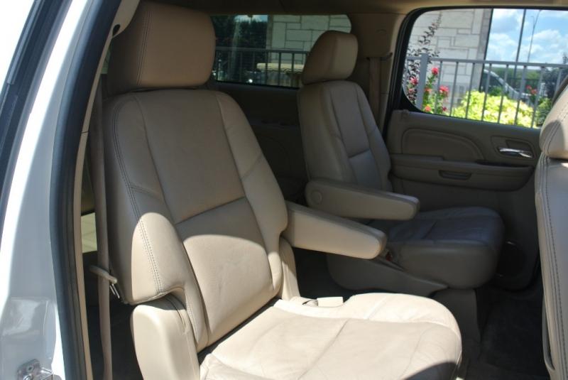 Cadillac Escalade ESV 2011 price $19,850