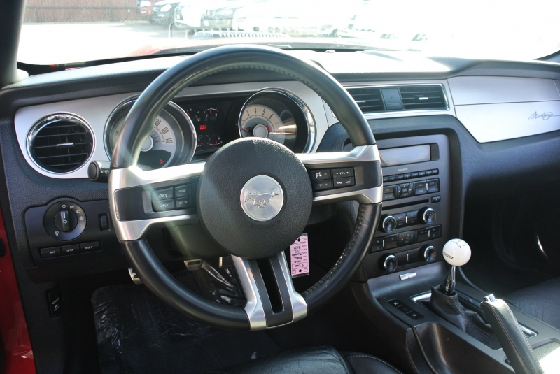 Ford Mustang 2010 price $13,950