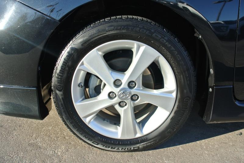 Toyota Corolla 2011 price $6,450