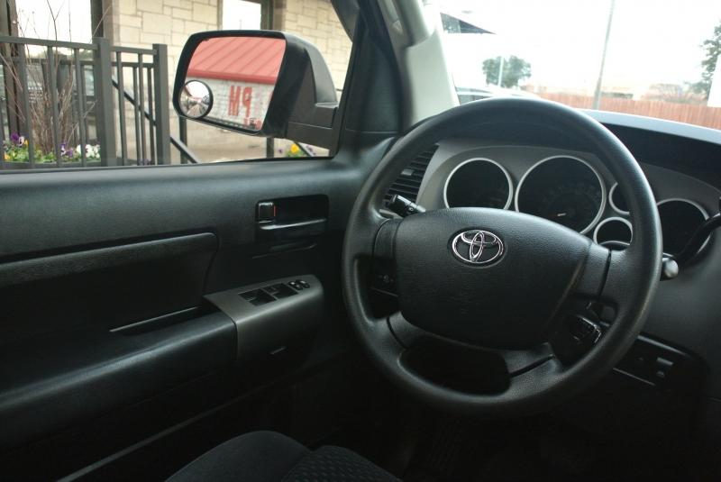 Toyota Tundra 4WD Truck 2011 price $16,950