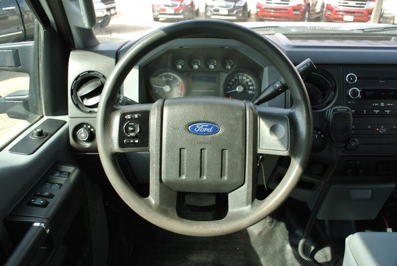 Ford Super Duty F-350 DRW 2016 price $29,850