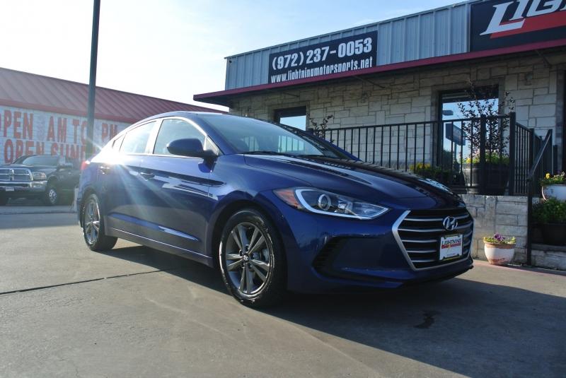 Hyundai Elantra 2018 price $10,950