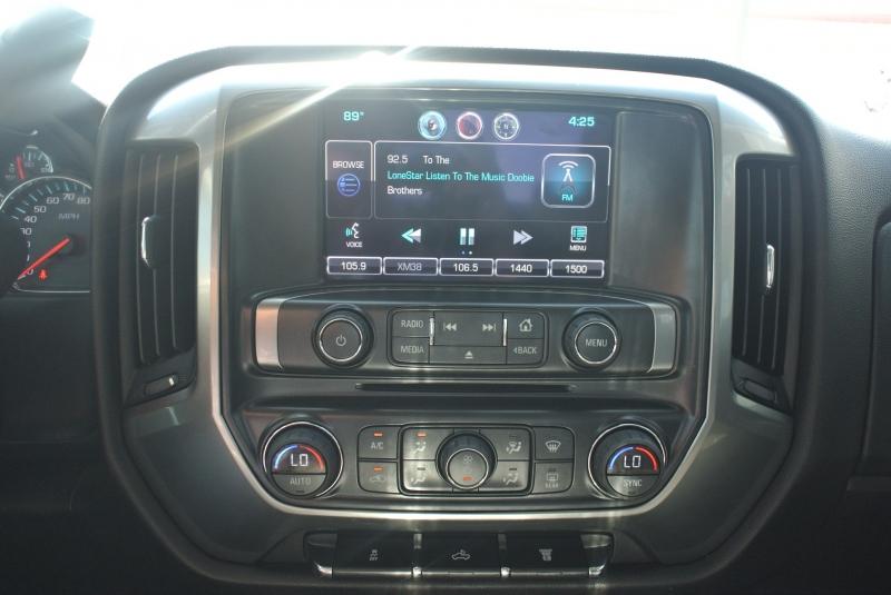 Chevrolet Silverado 2500HD Built After Aug 14 2015 price $38,800