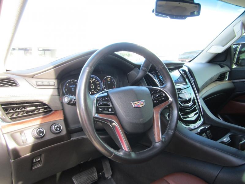 Cadillac Escalade ESV 2015 price $39,850