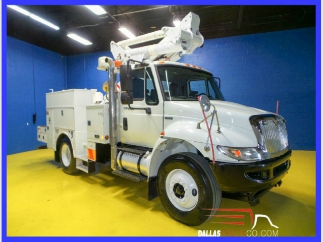 2009 International 4300 SBA