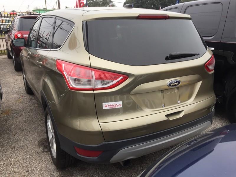 Ford Escape 2013 price $13,900