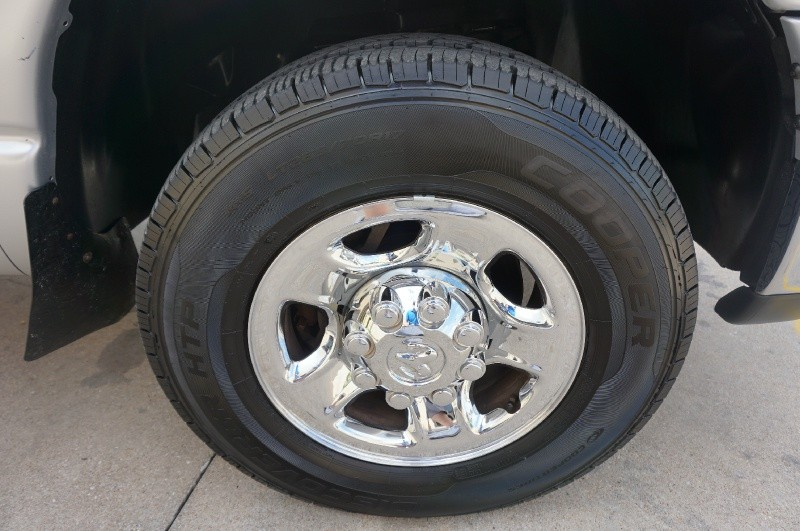 Dodge Ram 2500 2006 price $10,995