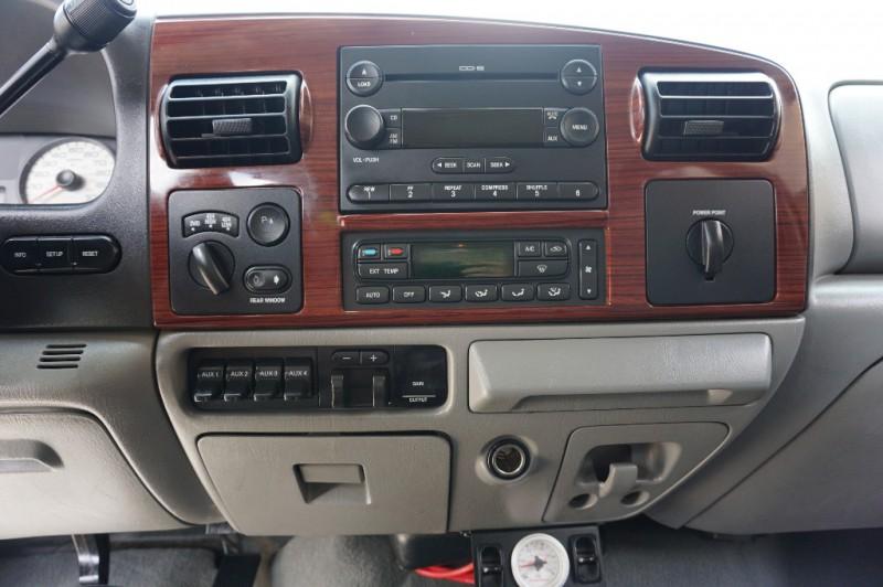 Ford F250 Lariat FX4 2007 price $18,995