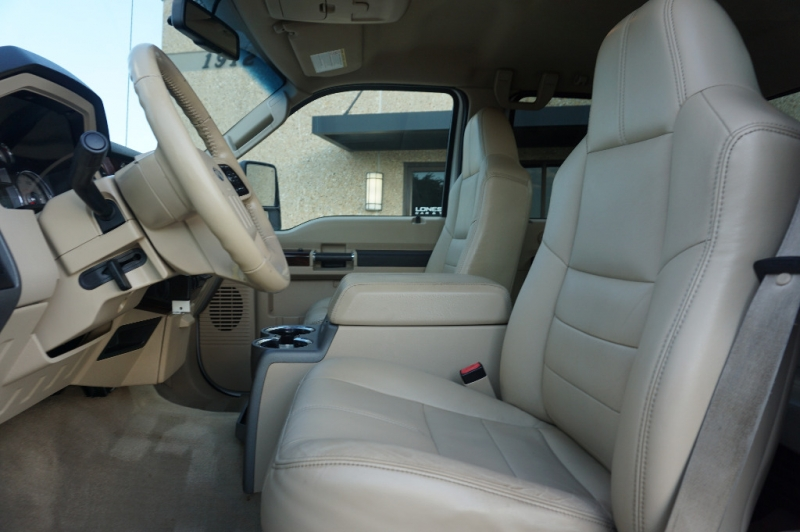 Ford F450 Lariat FX4 Peral White 2010 price $31,995
