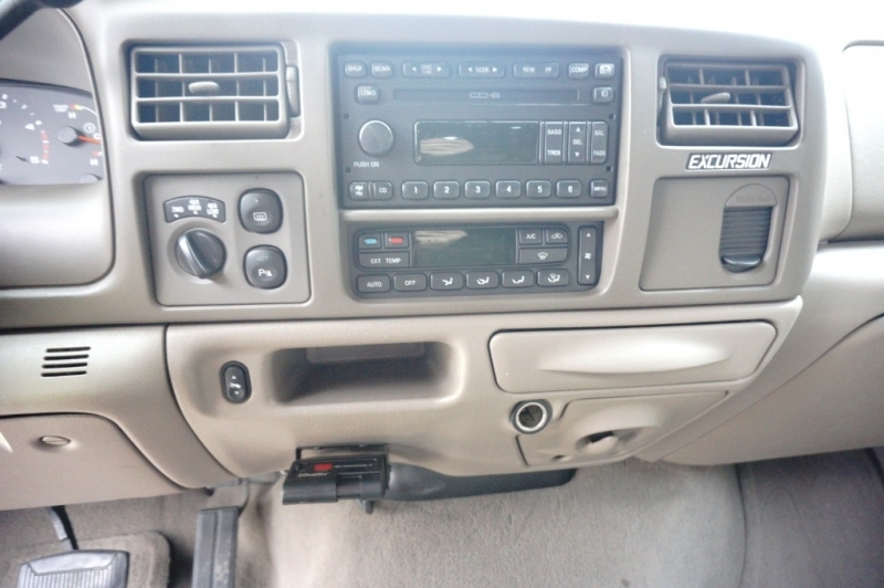 Ford Excursion 2004 price $15,995
