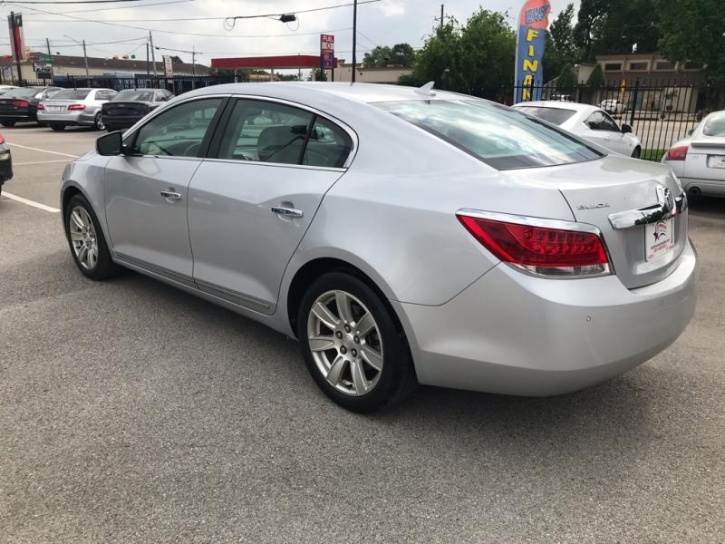 Buick LACROSSE 2010 price $9,779