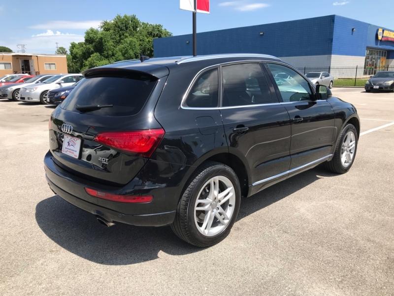 Audi Q5 2014 price $14,995