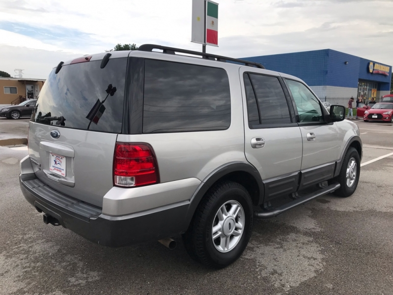 Ford EXPEDITION 2005 price $7,995 Cash