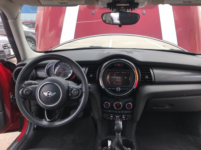 Mini COOPER 2016 price $10,355