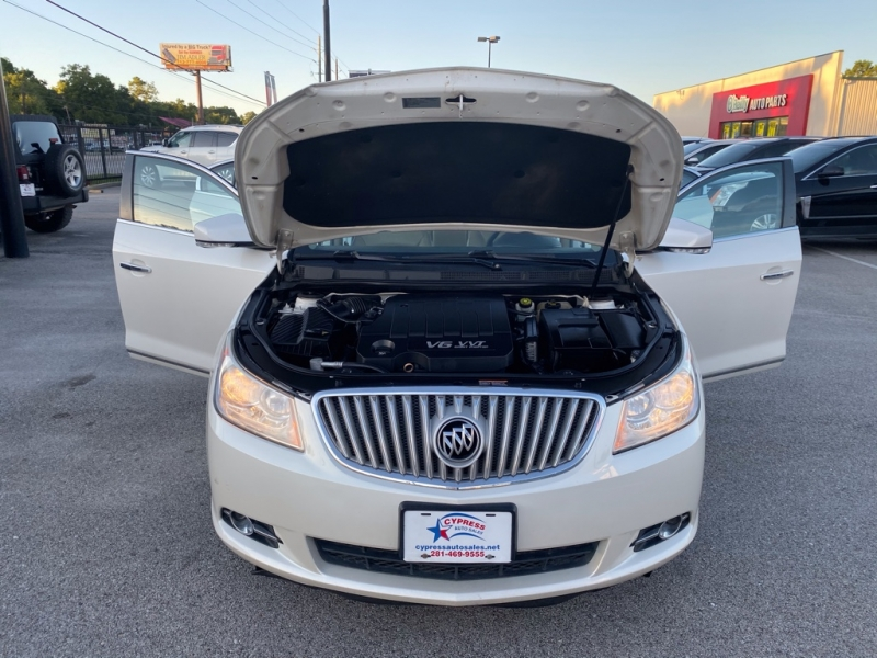 Buick LACROSSE 2010 price $8,890