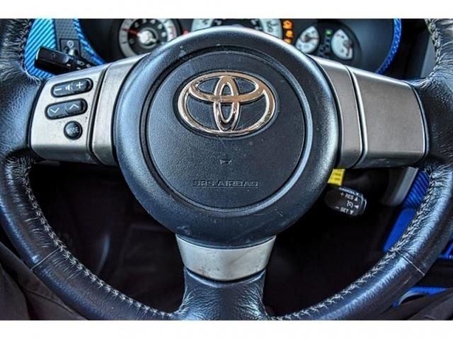 2007 Toyota FJ Cruiser 2WD 4dr Auto / Direct Autoplex 2 / Midland / TX / 79703