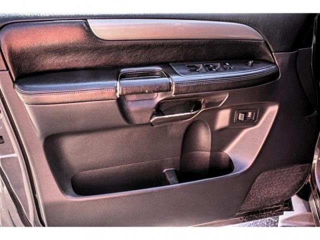 2011 Nissan Armada 2WD 4DR SV / Direct Autoplex 2 / Midland / TX / 79703