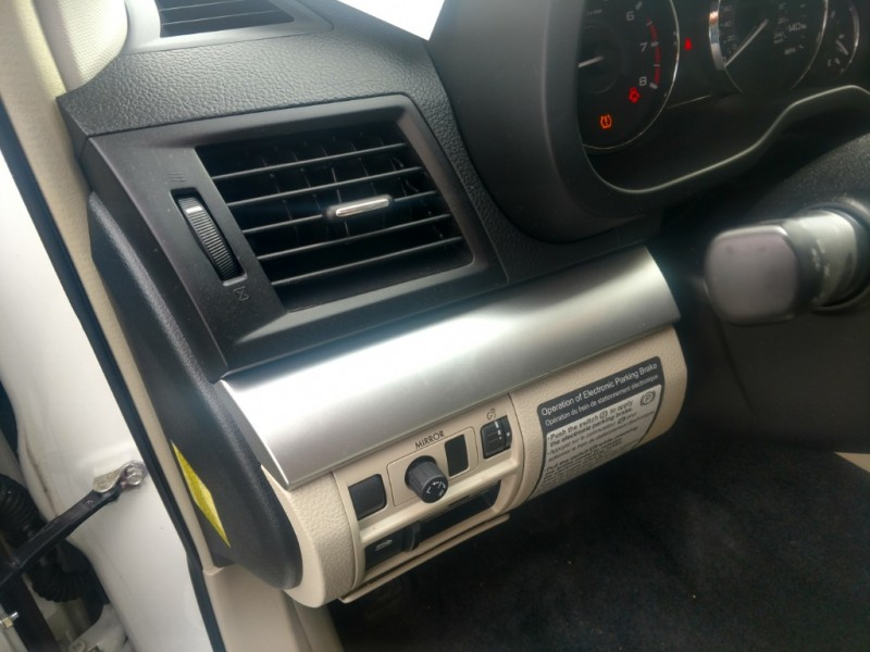 Subaru Outback 2011 price $10,995