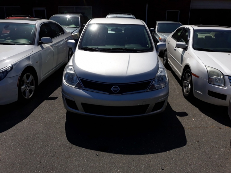 Nissan Versa 2011 price $5,495