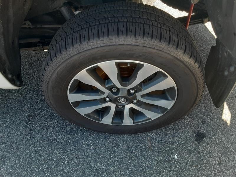 Toyota Tundra 4WD 2018 price $37,900