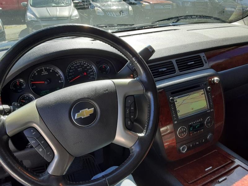Chevrolet Avalanche 2012 price $14,995