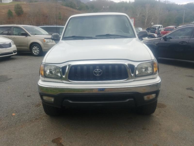 Toyota Tacoma 2003 price $12,995