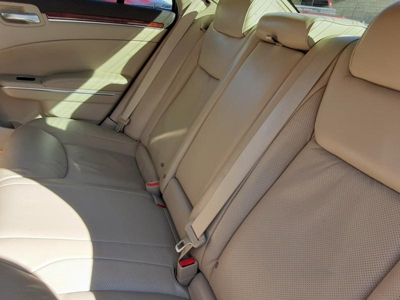 Chrysler 300 2011 price $10,995