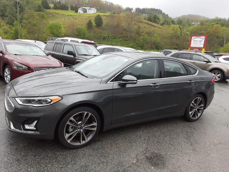 Ford Fusion 2019 price $18,995